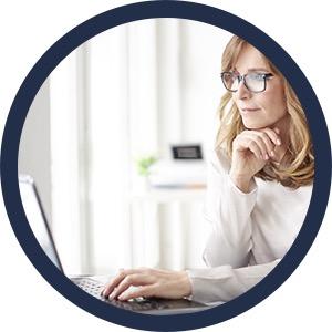 Websitebezoeker chat met receptioniste